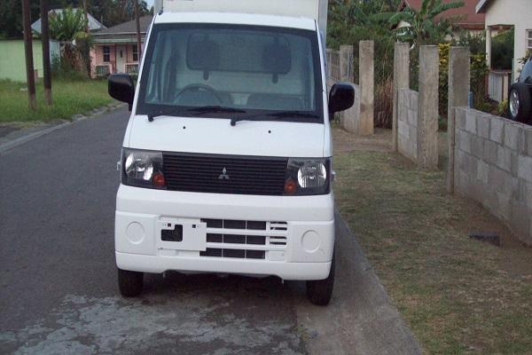 Mitsubishi Minicab Truck...Click Here For Details