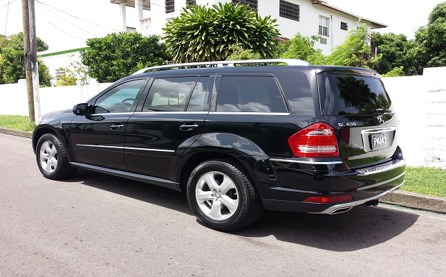 Mercedes Benz GL450...Click Here For Details