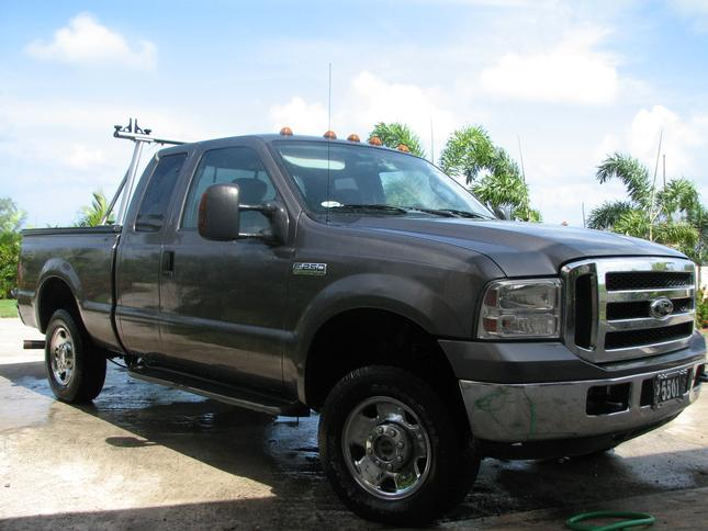 F250 XLT...Click Here For Details