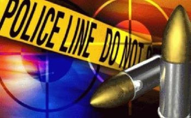 Attempted robbery leaves man shot in chest
