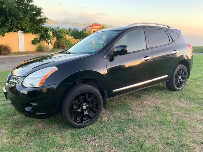 Nissan Rogue...Click Here For Details