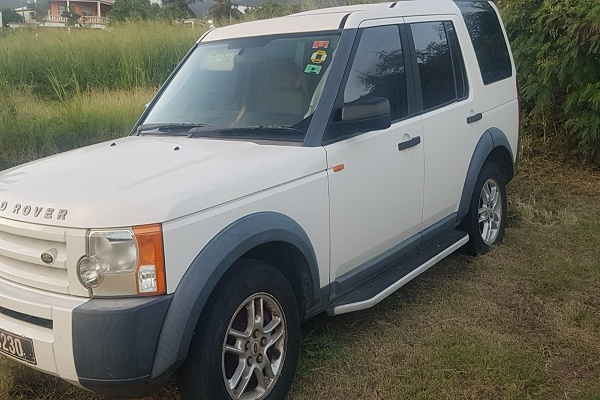 Rover Discovery 3...Click Here For Details